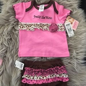 Other - BRAND NEW 6 MONTHS - pretty like mom set